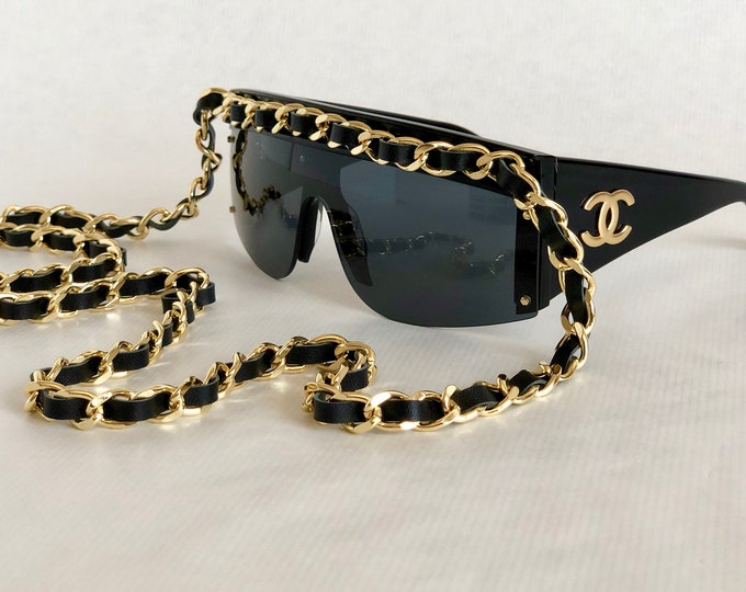 CHANEL 0027 Long Chain Vintage Sunglasses – New Old Stock – Full Set