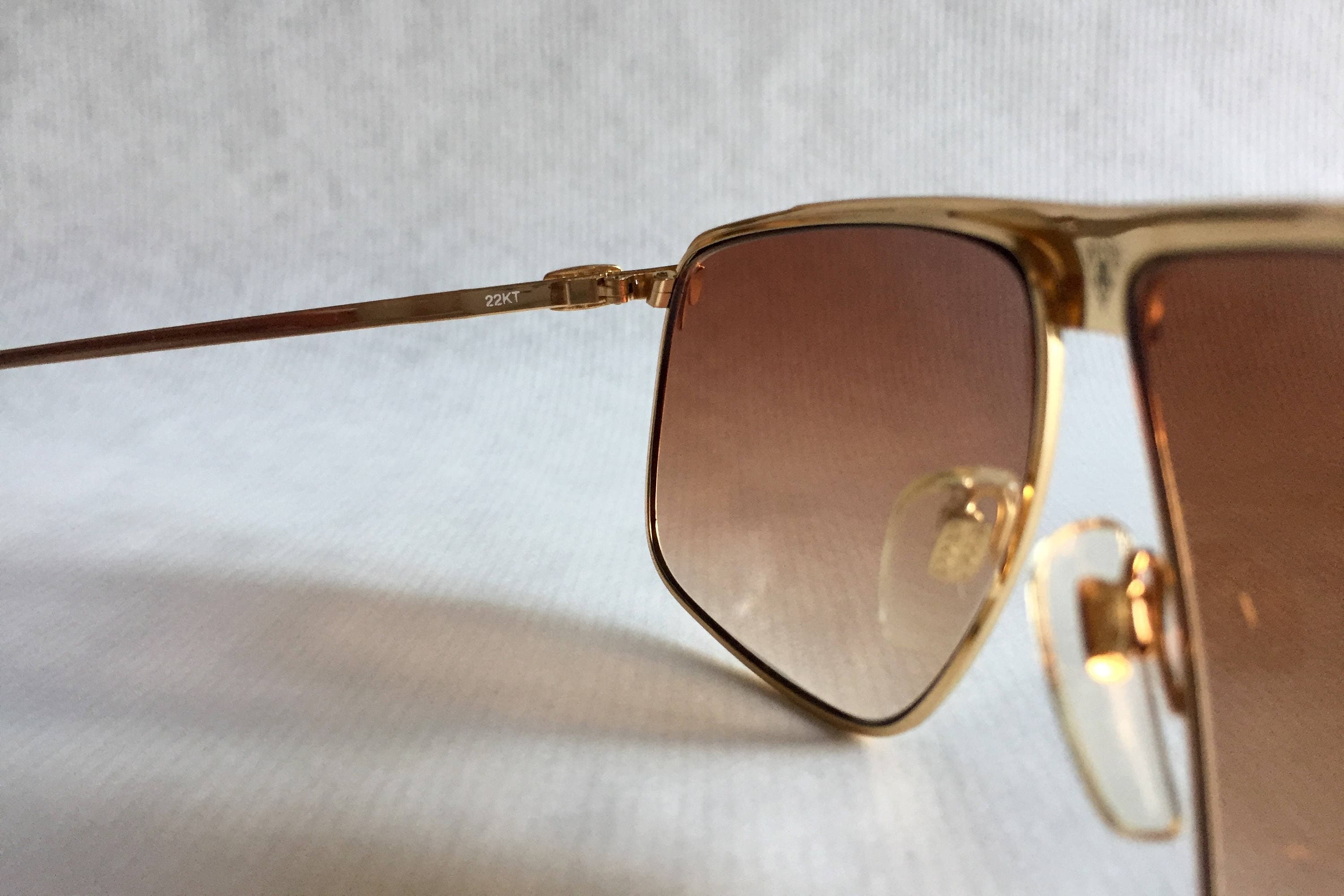 3d23b1501ac GUCCI GG40 22kt Gold Vintage Sunglasses New Old Stock including ...