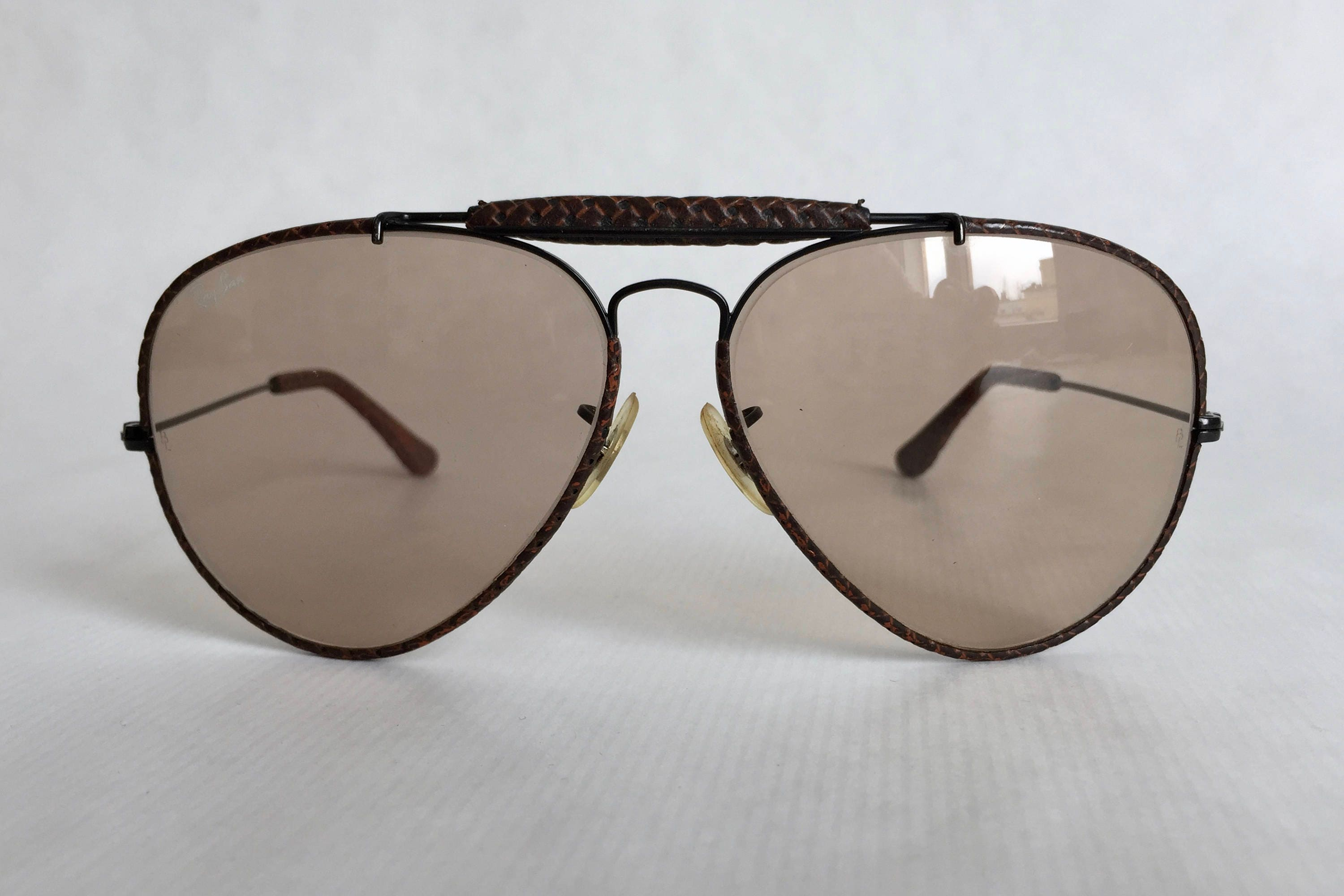 f0e3c9fb52 Ray-Ban Outdoorsman Basket Weave Leathers Ambermatic™ by Bausch   Lomb  Vintage Sunglasses. gallery photo ...