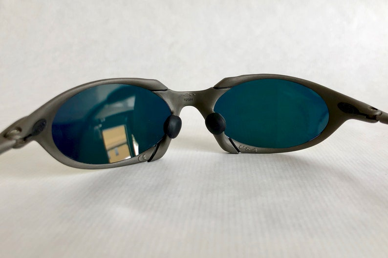 fcb432c7d42e9 Oakley X Metal Romeo Plasma Vintage Sunglasses including X