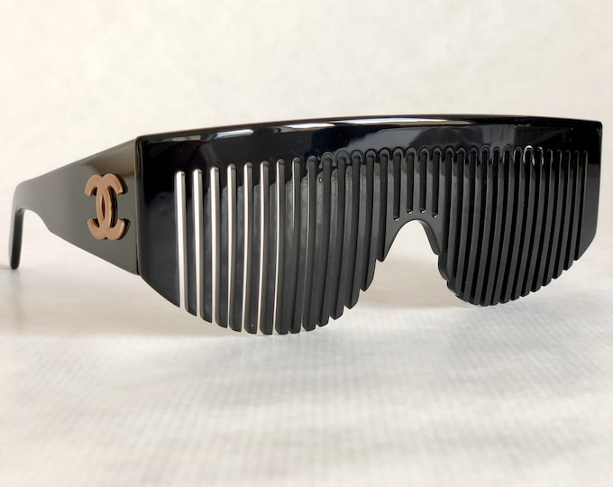 CHANEL 04171 94305 Vintage Comb Sunglasses New Old Stock Full Set including Leather Case