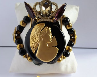 """""""The Royal cameo"""" beaded and free hair. Mothers day gift"""