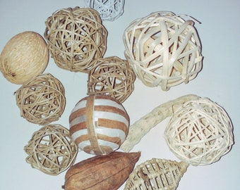 """Home Goods Recycled Magazine//Newspaper Decorative 4/"""" Balls//Spheres//Orbs-Set of 8"""