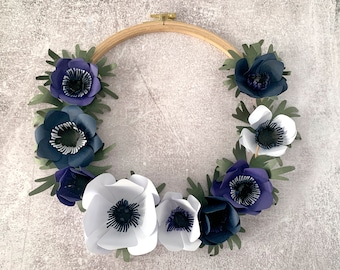 Paper flower wreath L blue white, anemone, decoration, wall decor, hygge, Christmas present, XMAS, paper crafting, gift for mom, interior