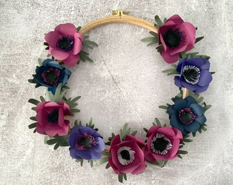 Paper flower wreath L blue purple, anemone, decoration, wall decor, hygge, Christmas present, XMAS, paper crafting, gift for mom, interior
