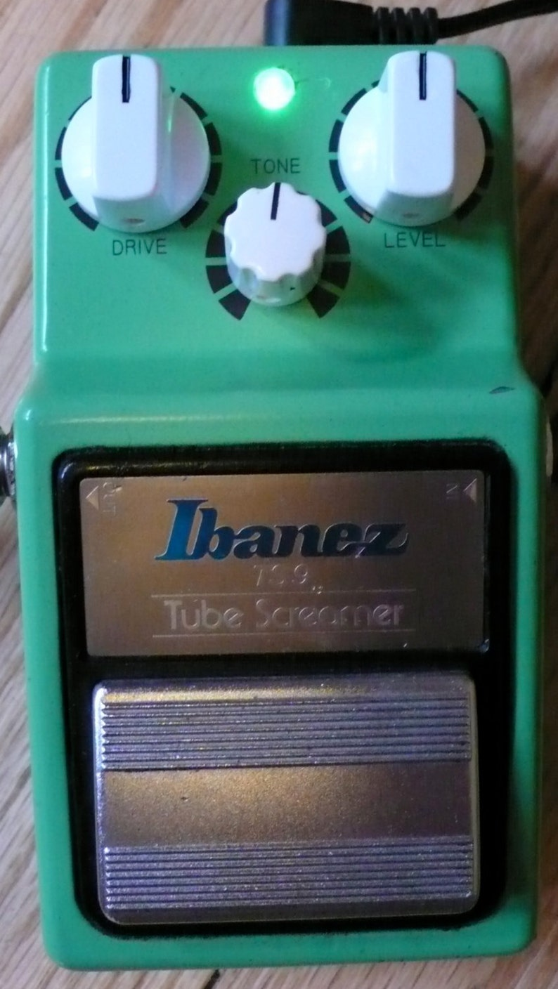 Modify Your Ibanez TS9 Tube Screamer Guitar Pedal + Upgrades! Alchemy Audio  Pedal Modification Service