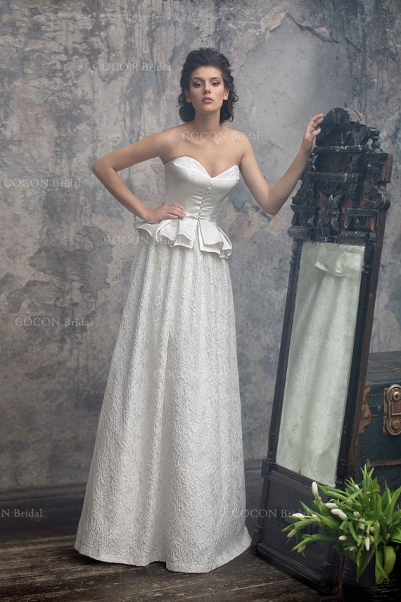 Extraordinary Wedding Dress in Vintage Style from Atlas and | Etsy