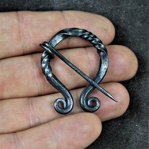 Handforged Copper Penannular Shawl Pin Metal Scarf Pin or Strap Fastener Small Size. Copper Cloak Pin Celtic Penannular Brooch