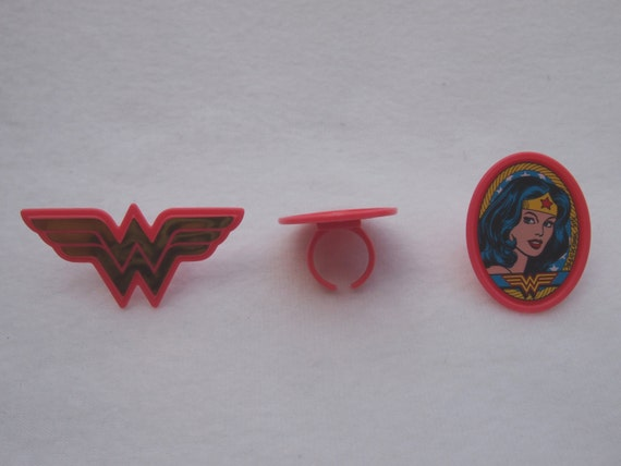 24 SUPERMAN DCl Super Hero Cupcake Ring Favor Supplies Rings Birthday C