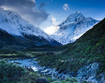 On the Trail to Mount Cook