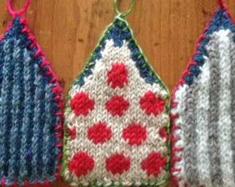 Christmas in Amsterdam - House Ornament Knitting Pattern - pdf download