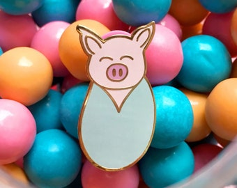 Pig in a blanket hard enamel pin