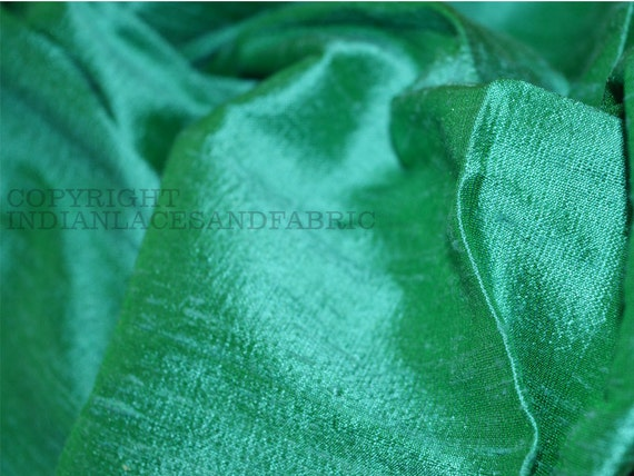 PERFECT FOR PATCHWORK SILK DUPION OFF-CUTS GORGEOUS GREENS