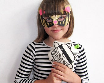 Fabric toy Kitty Lee & Wave two faced black and white plush | superhero mask | New Wave | kids | cuddly toy