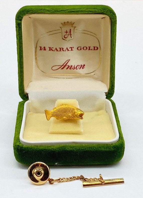 Fish vintage 14k Yellow Gold Bass Tie Tack