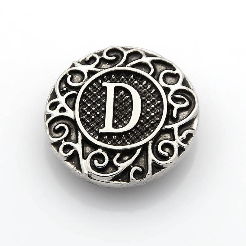 Fits Ginger Snap Ginger SNAPS LETTER W Initial Magnolia Vine JEWELRY 18mm Button