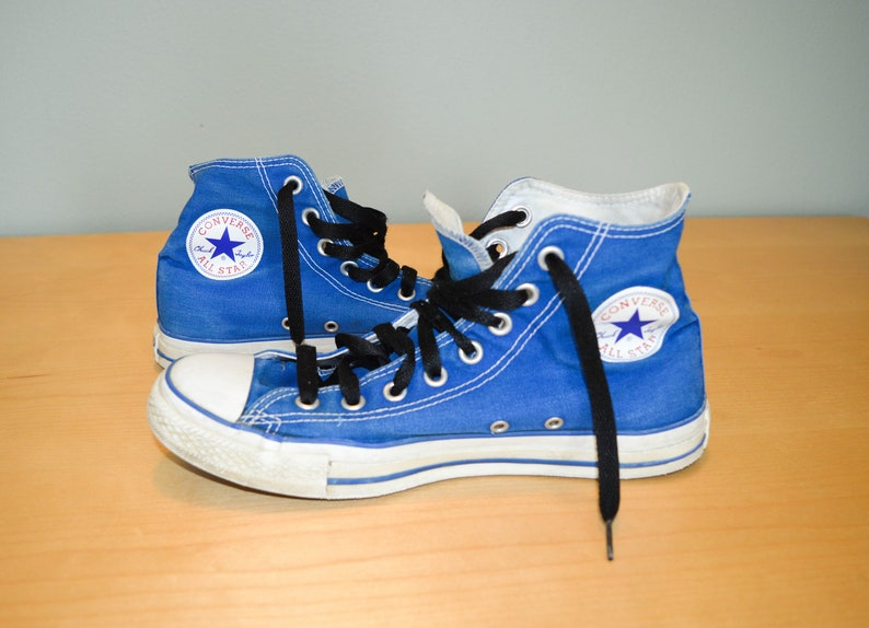 e18fee43c7ef Vintage Converse All Star Chuck Taylor Hi Tops Vintage 90s
