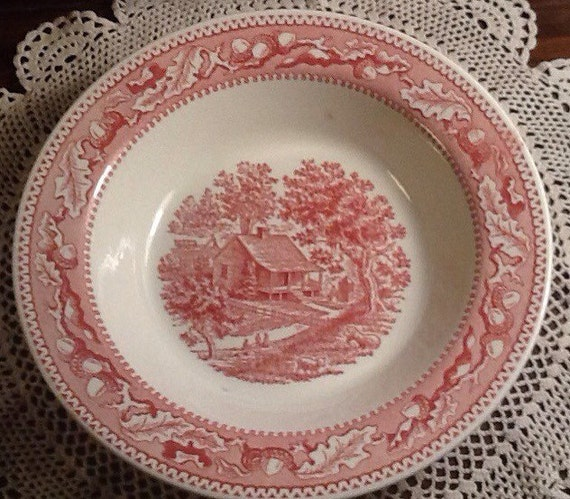 oak leaves and acorns mismatch Vintage Memory Lane Royal China cottage Red transferware Cabin country 10 serving bowl