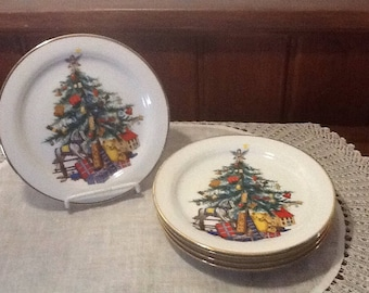 "Vintage, Five, Gloria, Christmas Plates, 7 3/8"", Fine Porcelain, Bayreuth West Germany, Decorated Christmas Tree, mismatch holiday plates"