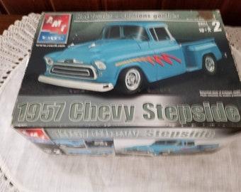 NOS, 1957 Chevy Stepside, ERTL. AMT, Model Truck, 2002, 1:25