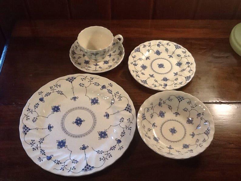 Finlandia blue transfer ware Fine Staffordshire Ware 1982 Scandinavian Vintage Myott 5 piece place setting England