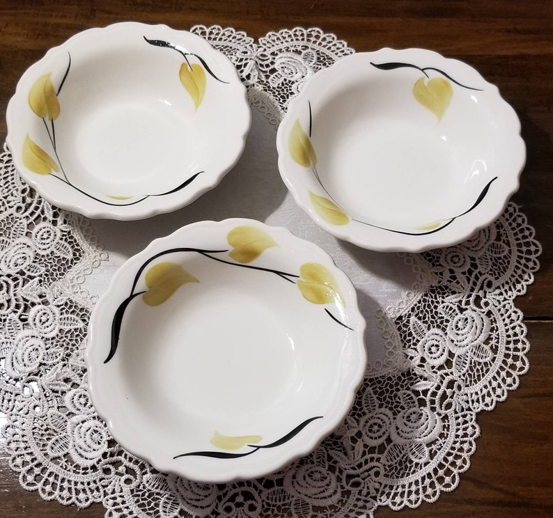 Rare Vintage black stems Syracuse China creamy white with gold leaves Patio 3 Soup bowls Restaurant Ware China