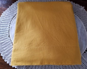 """Vintage, Retro, Mustard Yellow,  Queen, Flat Sheet, 90"""" x115"""" Lady Peppernell, no iron muslin"""