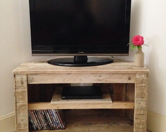 Charmant Handmade Rustic Corner Table/Tv Stand With Shelf. Reclaimed And Recycled  Wood