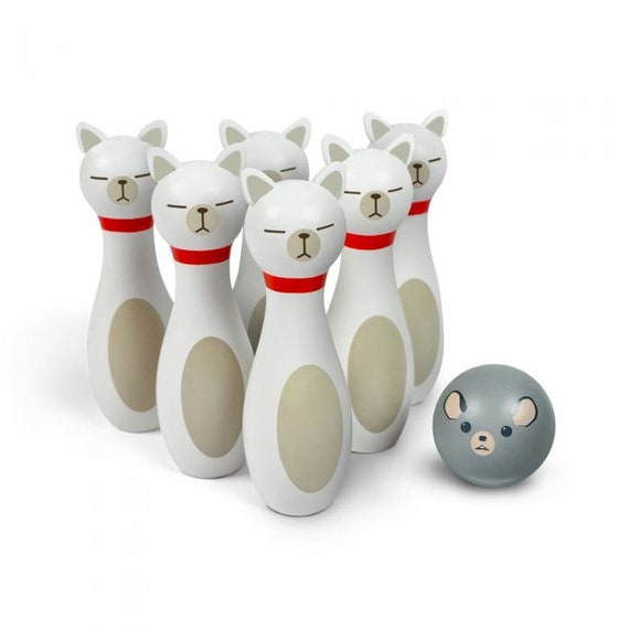 Bowling Alley Cat Game