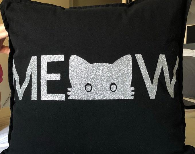 "Throw Pillow & Cover- ""MEOW"""