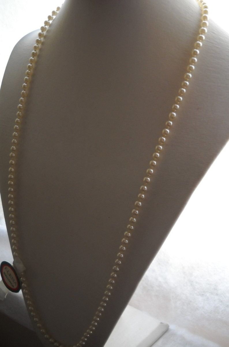 white pearl length 75 cm 30in and pearl size 0,5 cm0.20in Late 80/'s Mallorca pearl necklace silver safety clasp.