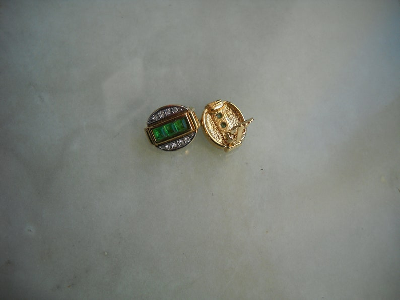 Single specimen Oval shape in brass golp plated with crystals and in rectangular central part Green rhinstones 80/'s Austrian  Earrings