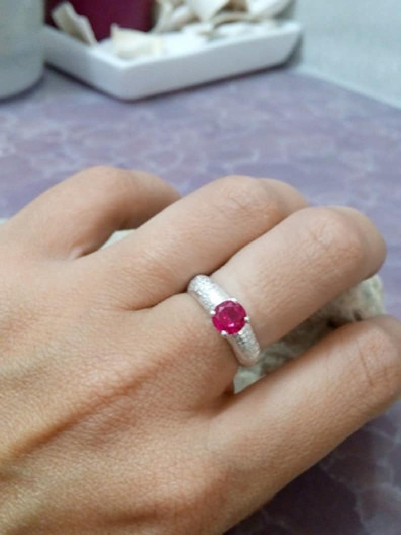 SALE Sterling silver ring,ruby ring,pink stone ring,silver ring,vintage ring,july birthstone ring,bridal jewelry,brush ring,matte ring