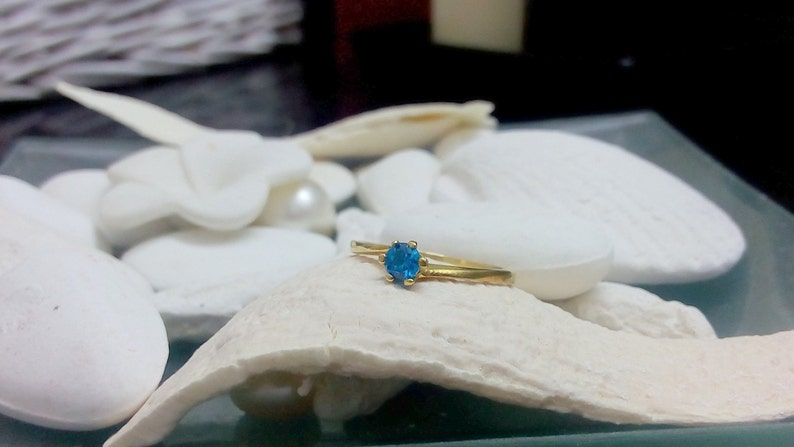 Birthstone ring,December ring,Blue topaz ring,Gold ring,Gemstone ring,Twist ring,ligth blue jewelry,bridal ring SALE
