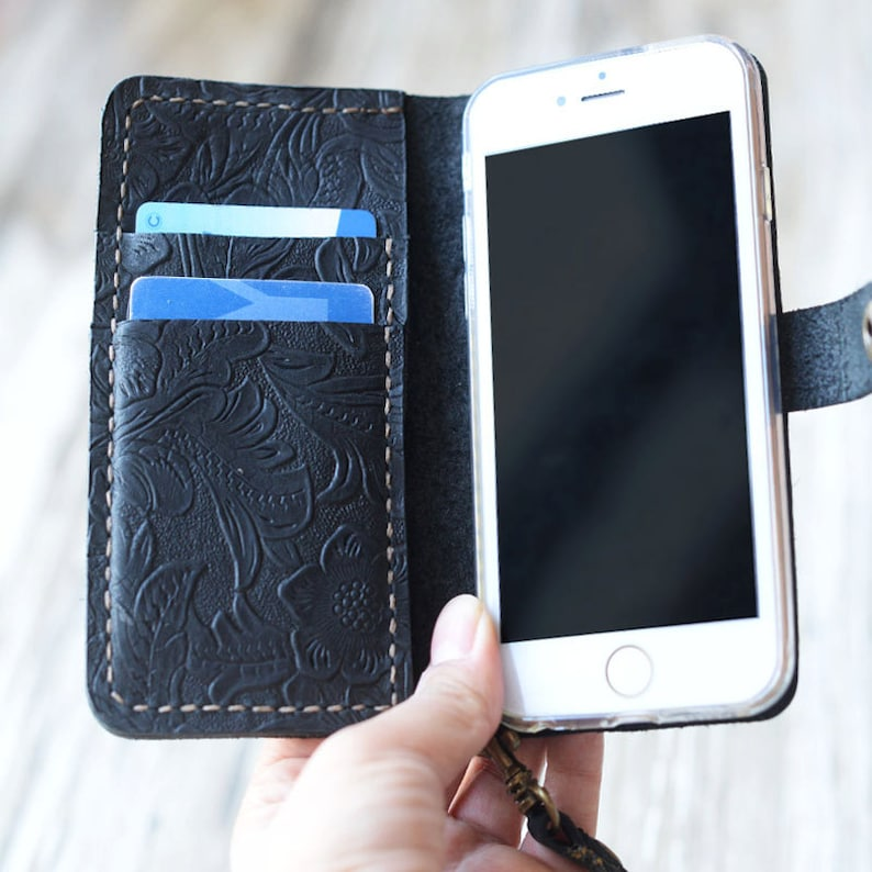 iphone xs max case wristlet