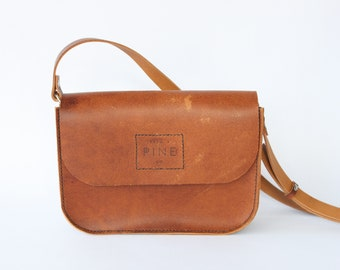 Cross Body Purse // Over the Shoulder Bag // Veg Tan Leather // Handstitched // One of a Kind