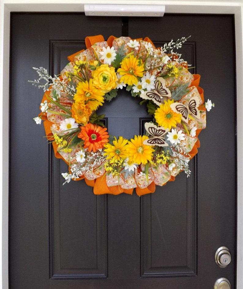 Zoe Great Gift! Elegant Spring Summer Wreath with Orange Flowers /& Butterflies