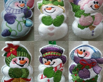Beautifully embroidered  snowmen hanging christmas tree decorations. Can be brought individually or as a set of 6
