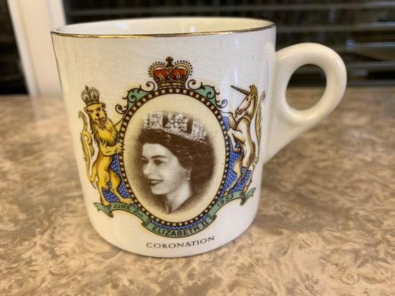 Queen Elizabeth 2 coronation mug 1953