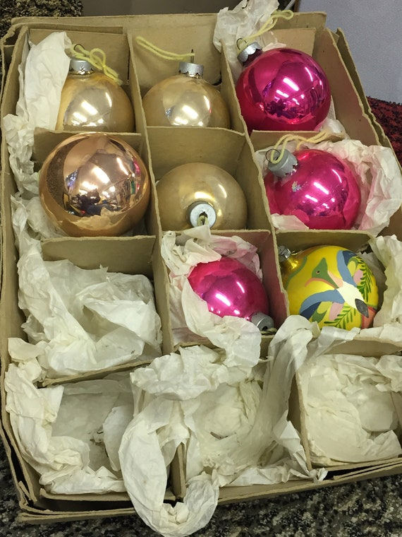 8 very large vintage Christmas tree baubles/decorations