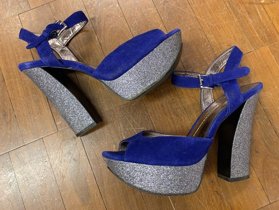 Fab 1990's silver glittery platforms with blue suede peep toes size uk 8