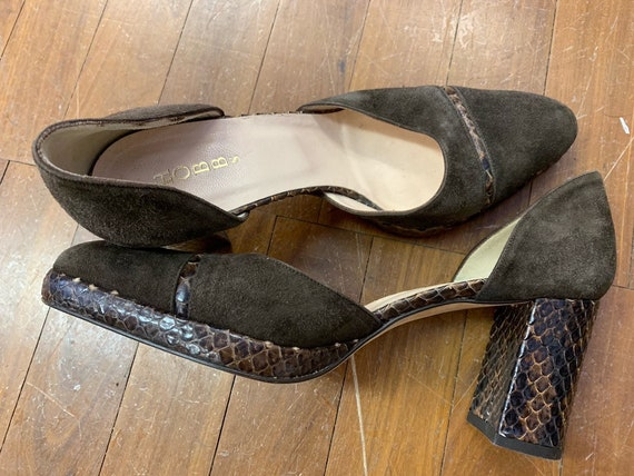 Vintage Hobbs slip on brown suede shoes with snake skin size 38