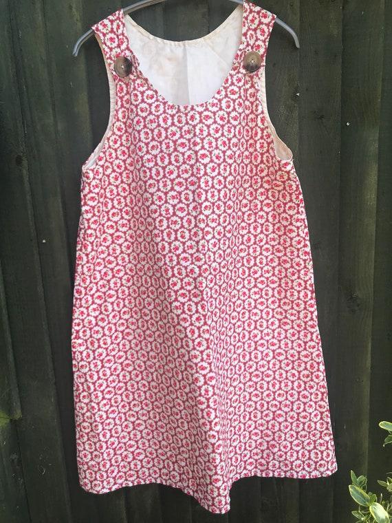 Vintage style/fabric dress size 10-14