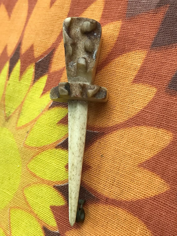 Hand carved Vintage bone thistle brooch