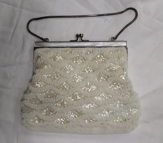 Vintage White Pearlescent Beaded Purse Bag