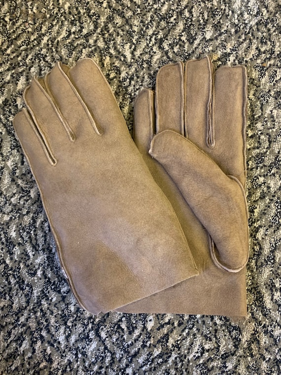 Vintage real fur gloves