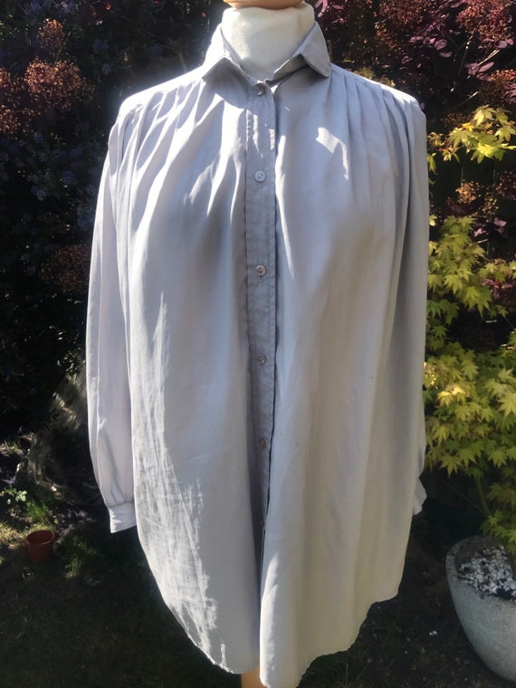 Ladies pure silk grey blouse/shirt by Ruffles size 10