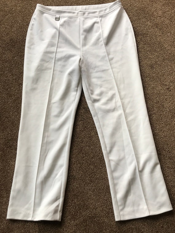 Ladies white trousers size 16