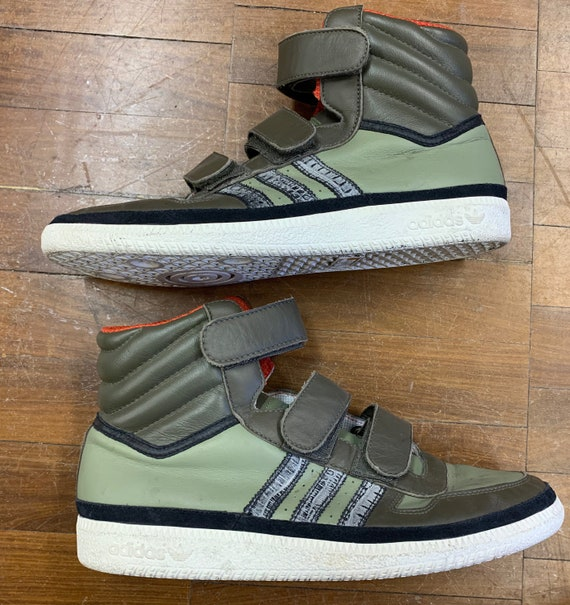 Vintage men's Adidas hi top trainers in green size Uk 10