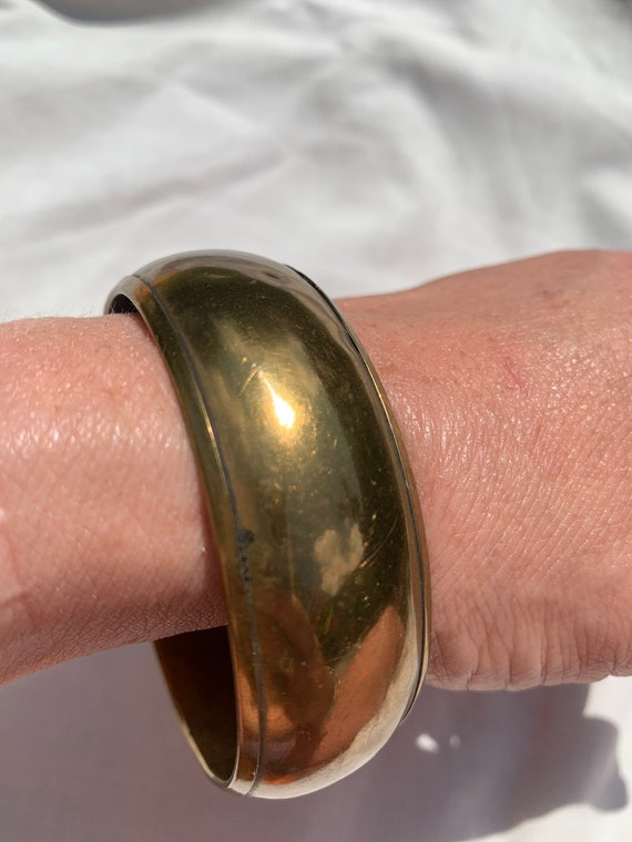 Gorgeous brass wide bracelet from the 90's